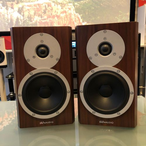 Dynaudio Excite X14 demo jalustakaiutinpari